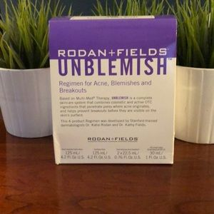 NWOT Rodan + Fields Unblemish Regimen